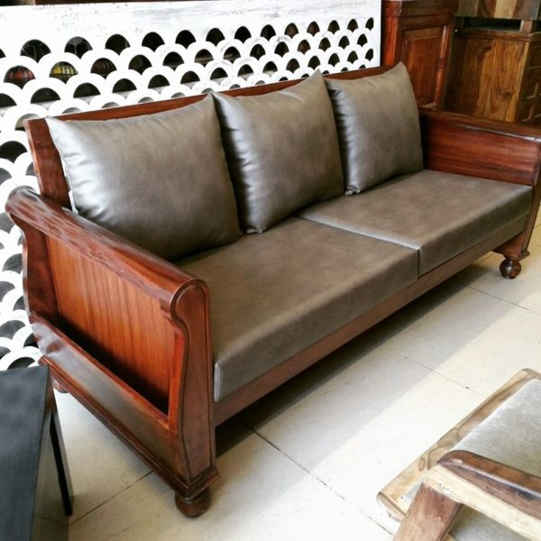 Solid-Wood-Sofa-Set-And-Customized-By-MFT